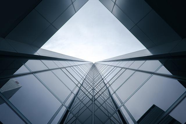 moderná presklená architektúra