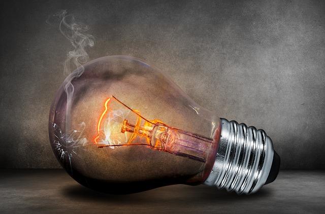 Prasknutá žiarovka